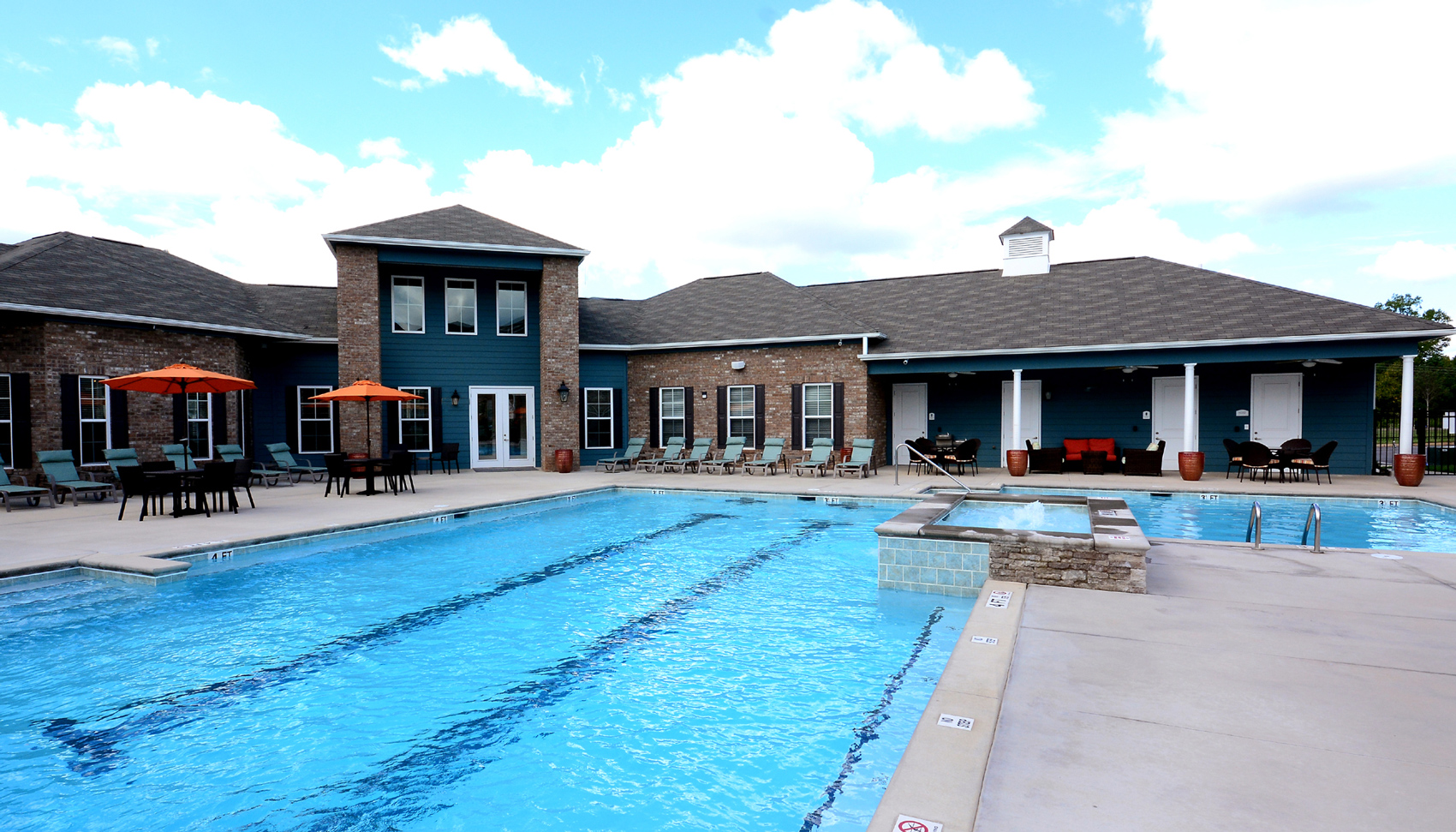 Ardmore-Howell-Road-Apartments-Greenville-Pool-2