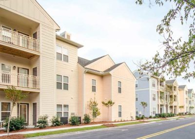 Apartments at Shade Tree
